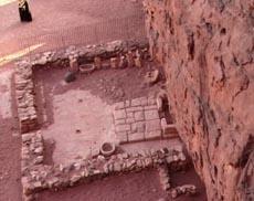 Руины храма Хатхор