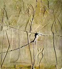 Ассирийский Цар Ашшурнасилапал II и бог неба Ану